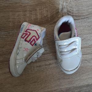Baby girl Etnies shoe